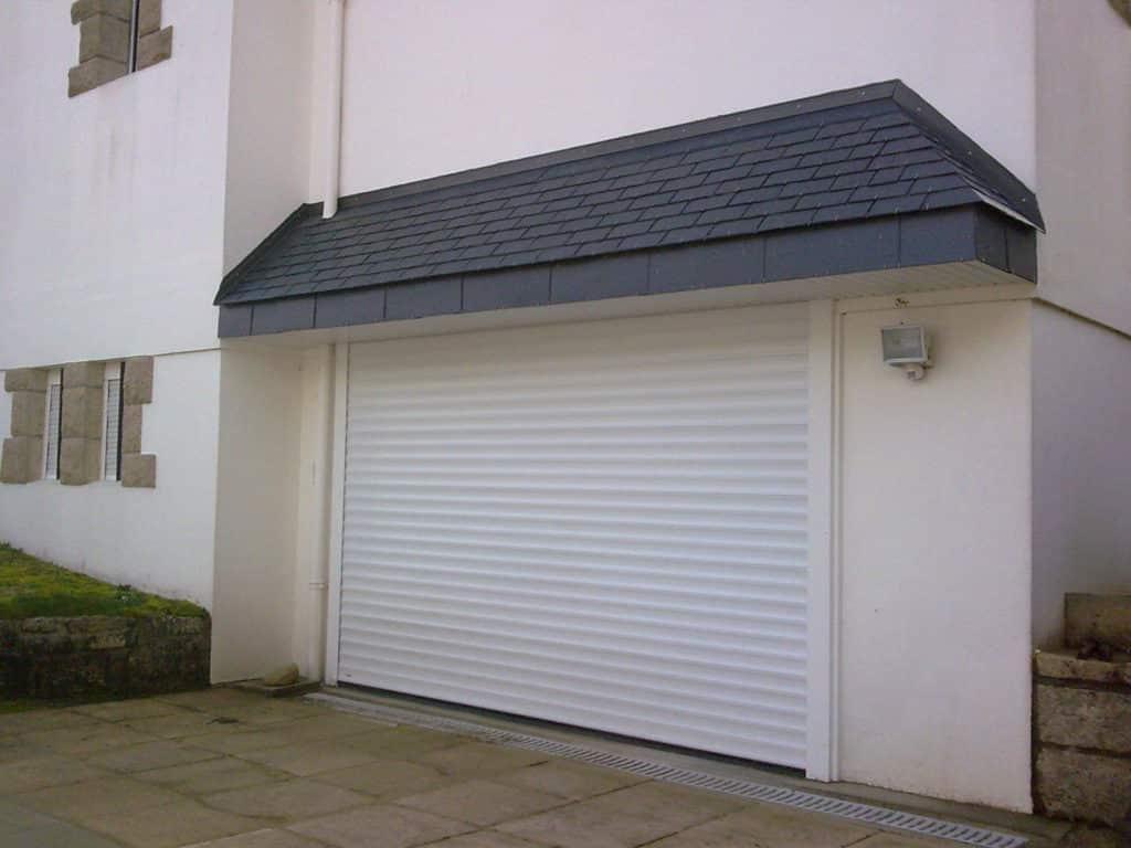 Porte de garage a enroulement sur Quimper et le Finistere - A enroulement